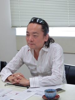 Mr.Ando2.JPG
